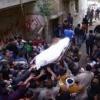 المئات يشيعون طالب الهندسة ضحية «الملتحين» فى السويس